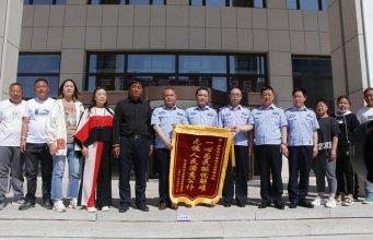 赤峰交警为群众办实事 1000多辆二手货车实现进场经营
